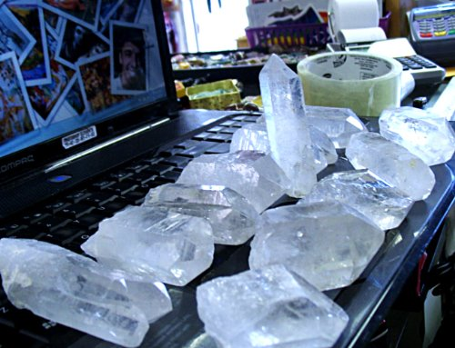 manifesting with quartz crystals